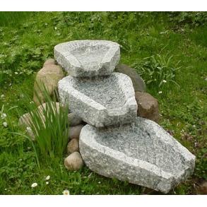 Vandkunst i granitsten - vand i haven
